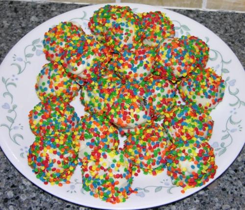 More sprinkle cake balls