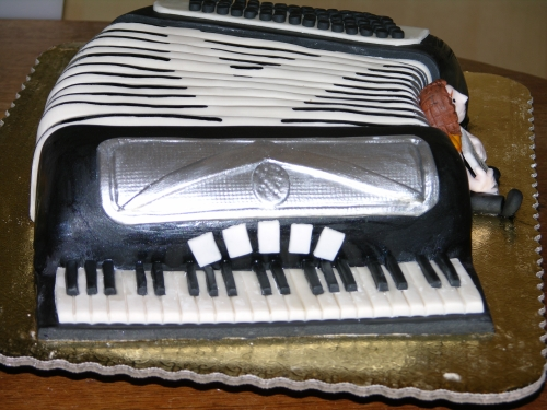 Finished side of the accordion cake