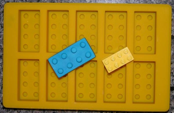 Lego-like brick mold