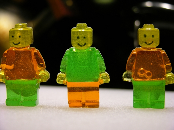 Minifigs with faces