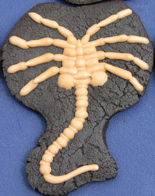 facehugger cookie detail