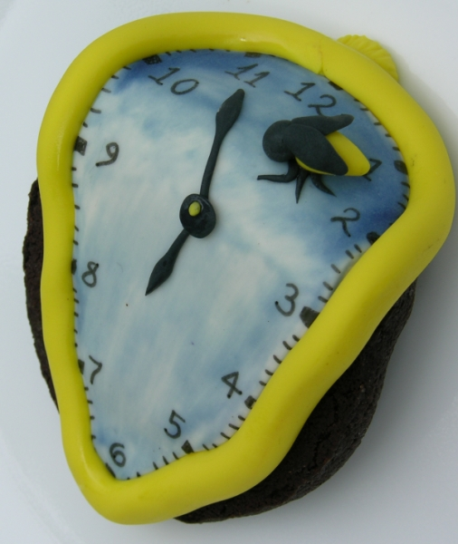 Dali Cookie - Bee view