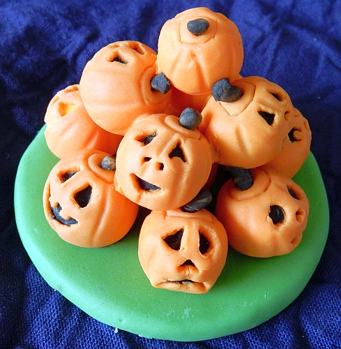stacked Jack-O-Lanterns
