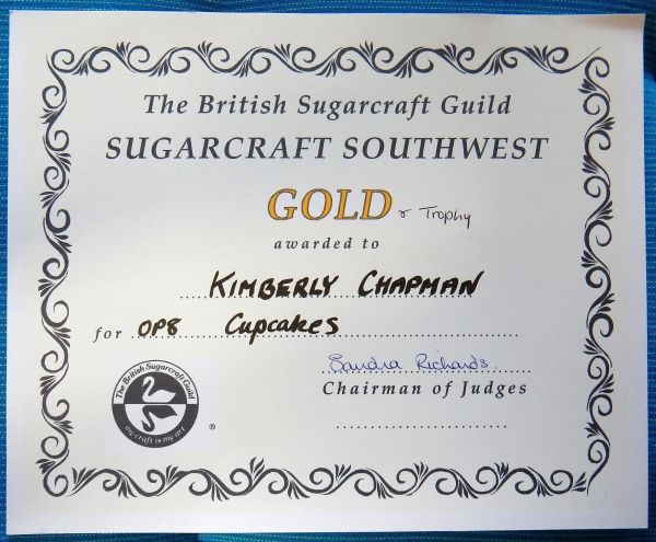 gold and trophy certificate
