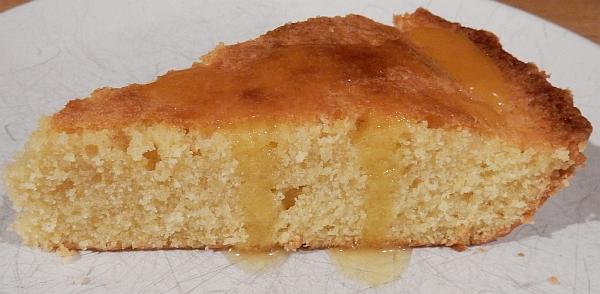cake with glaze